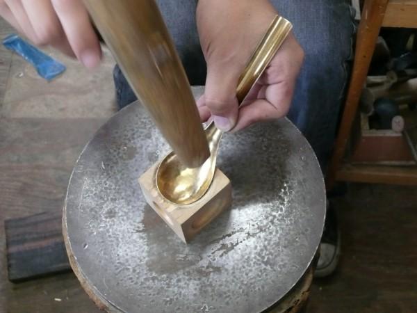 真鍮のカレースプーンをつくる/Lue
